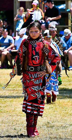 Jingle Dancer (Photo: Carrie Fraleigh de Schutter)