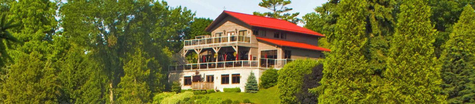 Hotel Motels Featured Image - Oakwood Resort